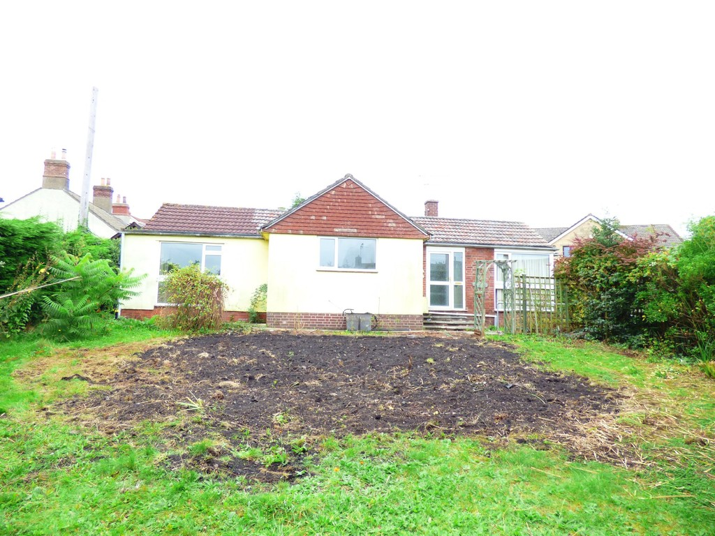 TO LET: Goose Green, Frampton Cotterell