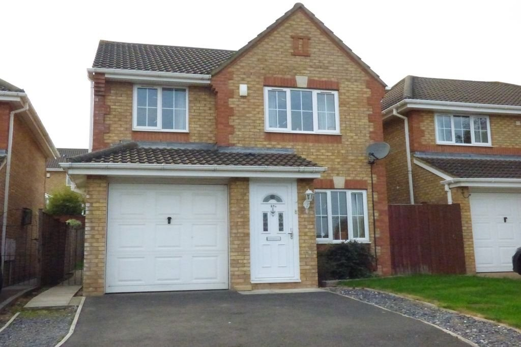 TO LET: Bakers Ground, Stoke Gifford, BRISTOL, Gloucestershire
