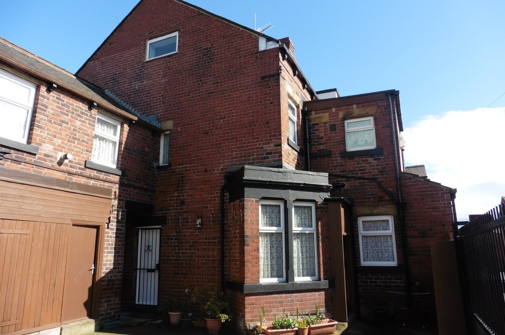 76 Conference Road Armley LS12 3DX