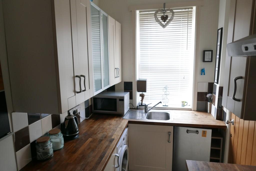 8 Barden Terrace, Armley, Leeds, LS12 3EG