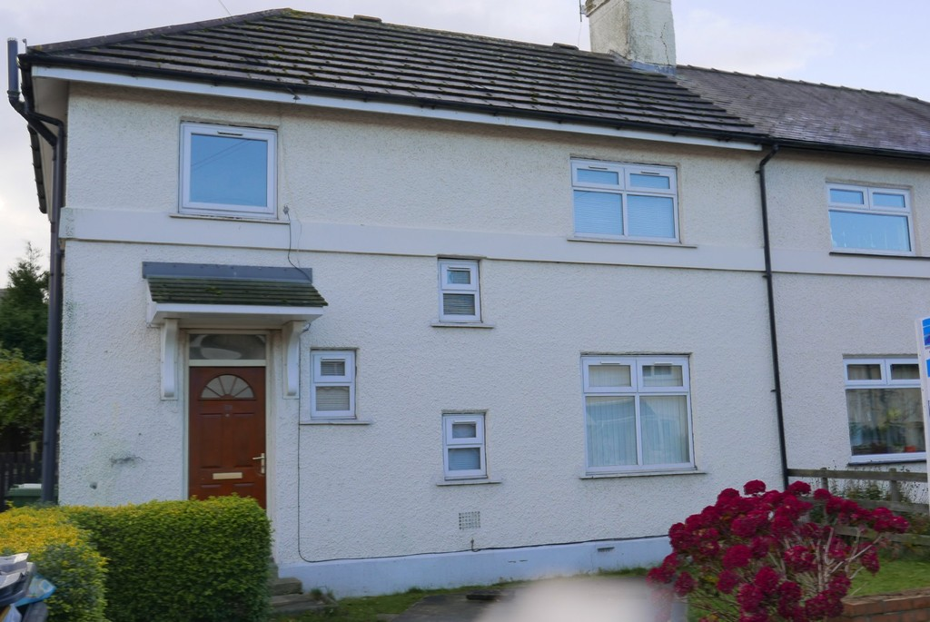 Wolley Avenue, New Farnley, LS12 5DX