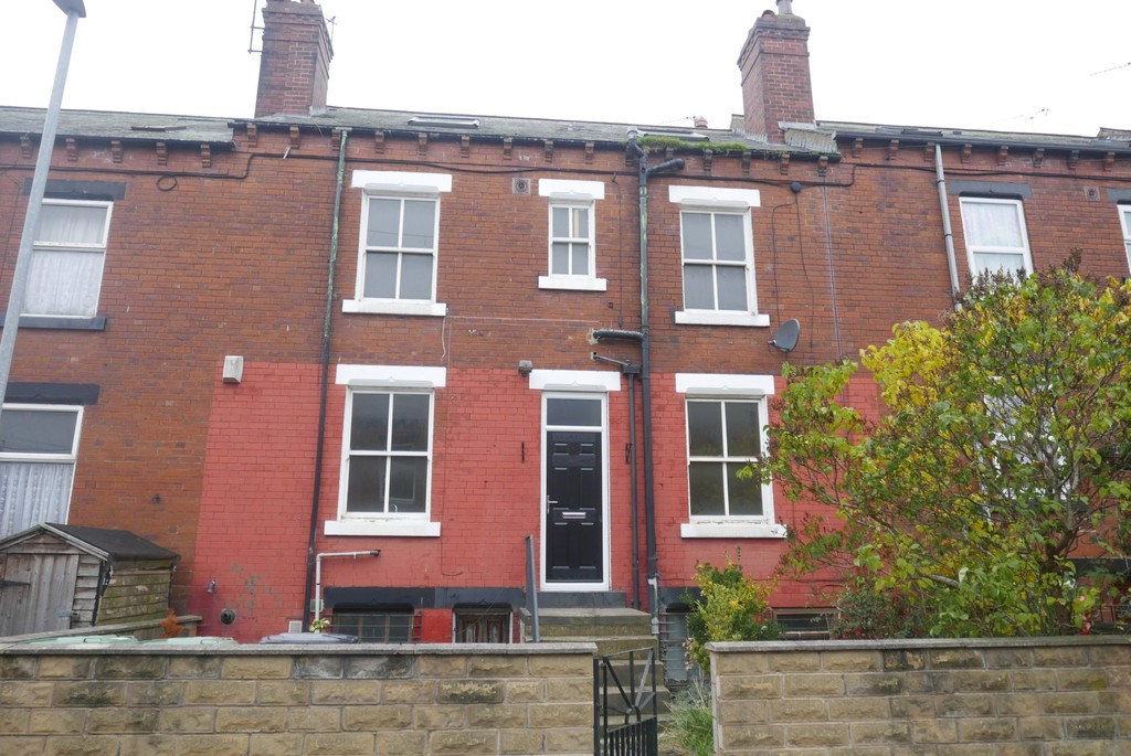 Mitford Place, Armley, Leeds, LS12 1NH