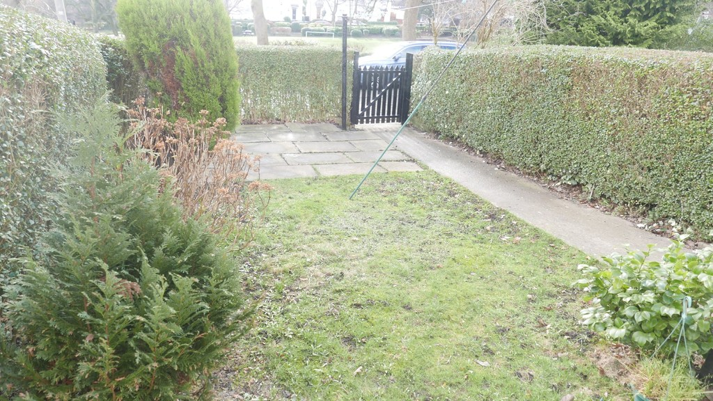 Playground, Farnley, Leeds, LS12 5DY