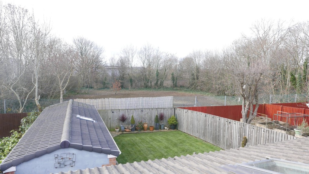 College View, Armley, Leeds, LS12 3LT