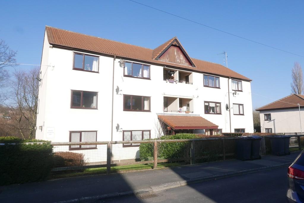 Wellstone Garth, Bramley, Leeds, LS13 4EJ