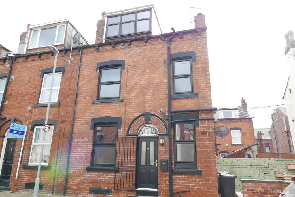 Whingate Grove, Armley, Leeds, LS12 3rd