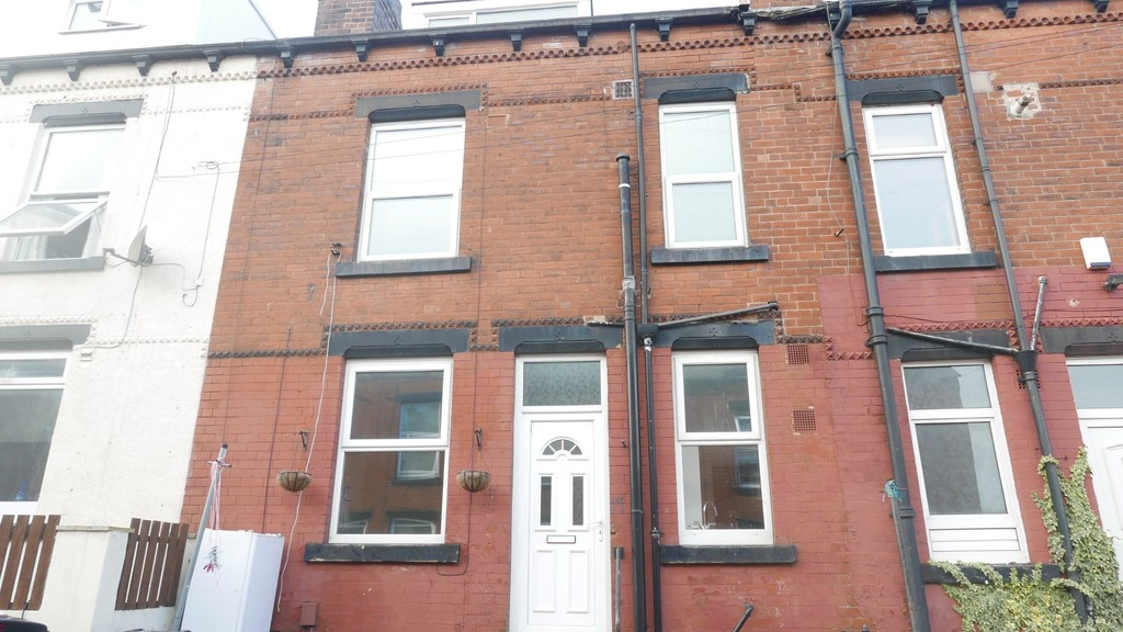 Edinburgh Avenue, Armley, Leeds, LS12 3RG