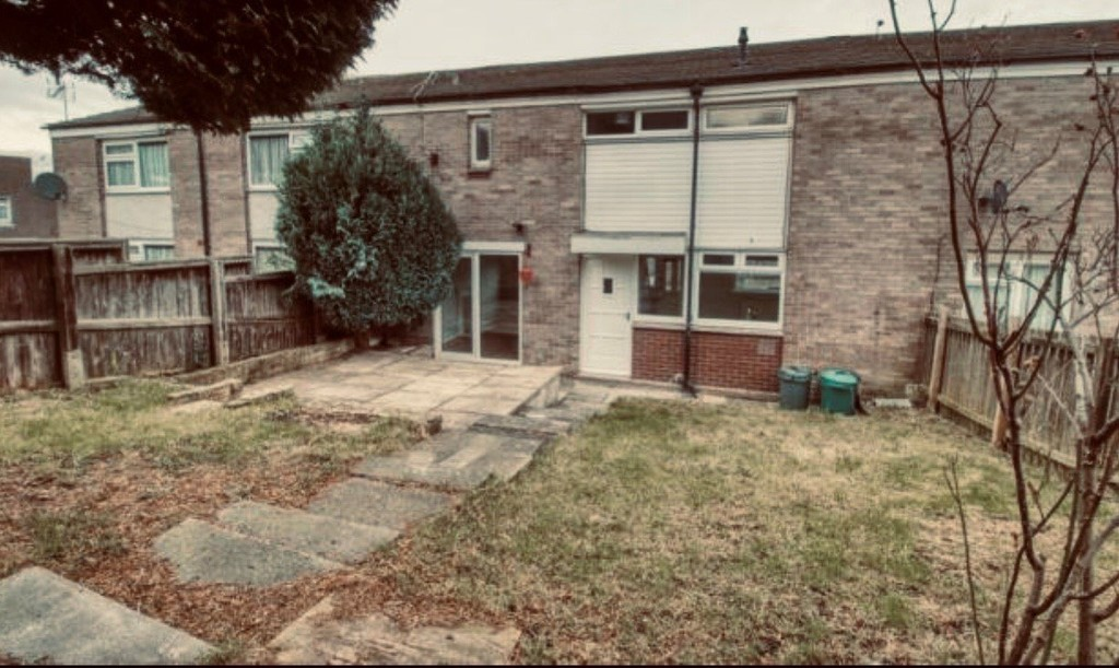 Bawn Gardens, Farnley, Leeds, LS12 5QL