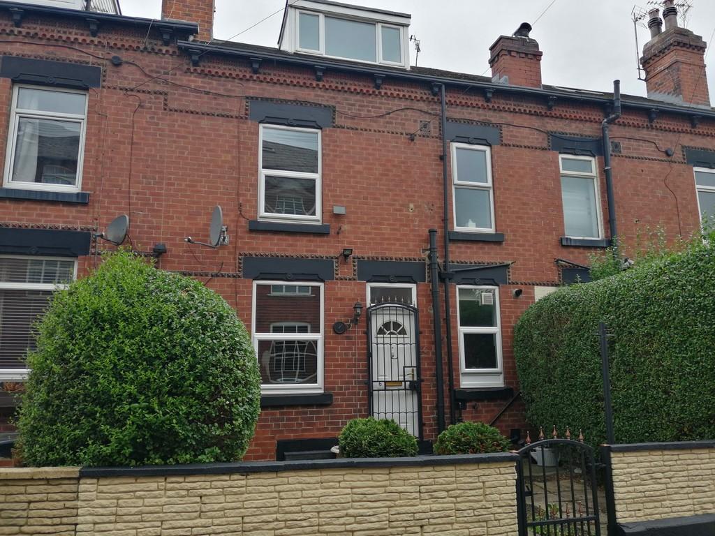 Eyres Terrace, Armley Leeds LS12 3AX