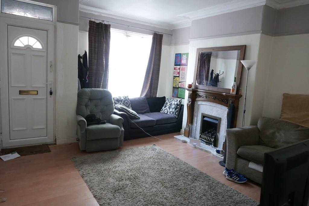 12 Highthorne View, Armley,Leeds, LS12 3JR