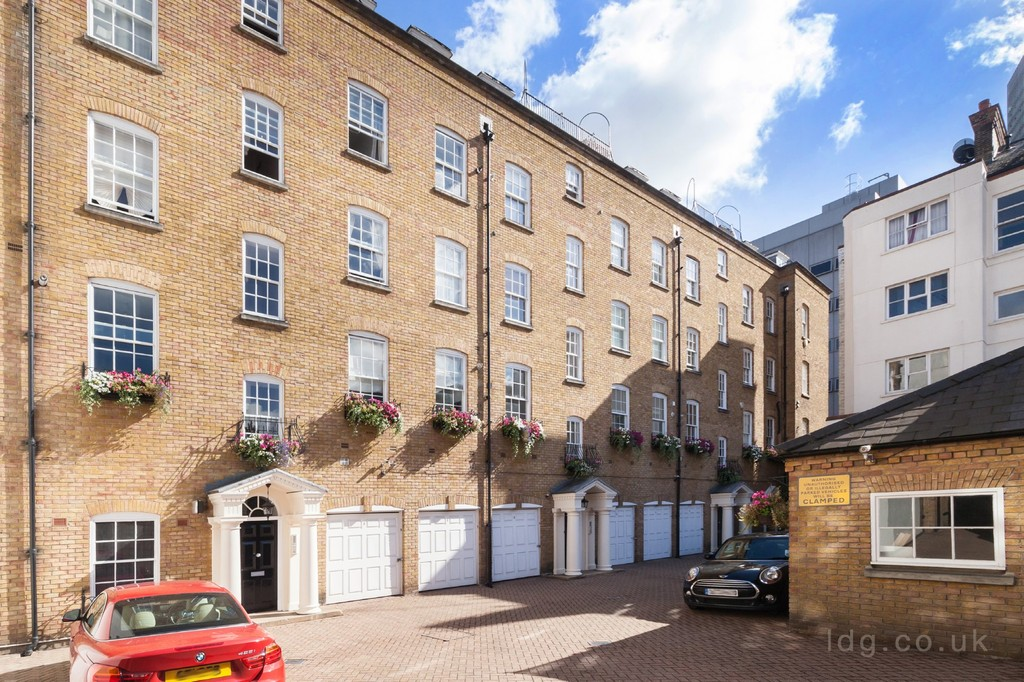 Prince Regent Mews, London, NW1 thumbnail
