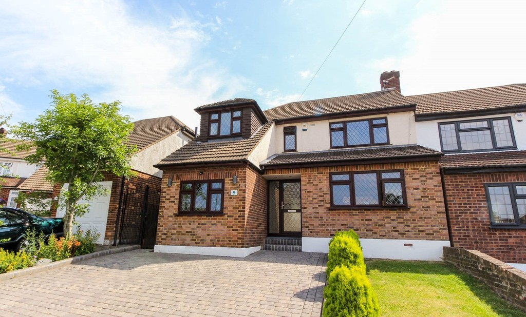 Fairview Close, Chigwell , Essex