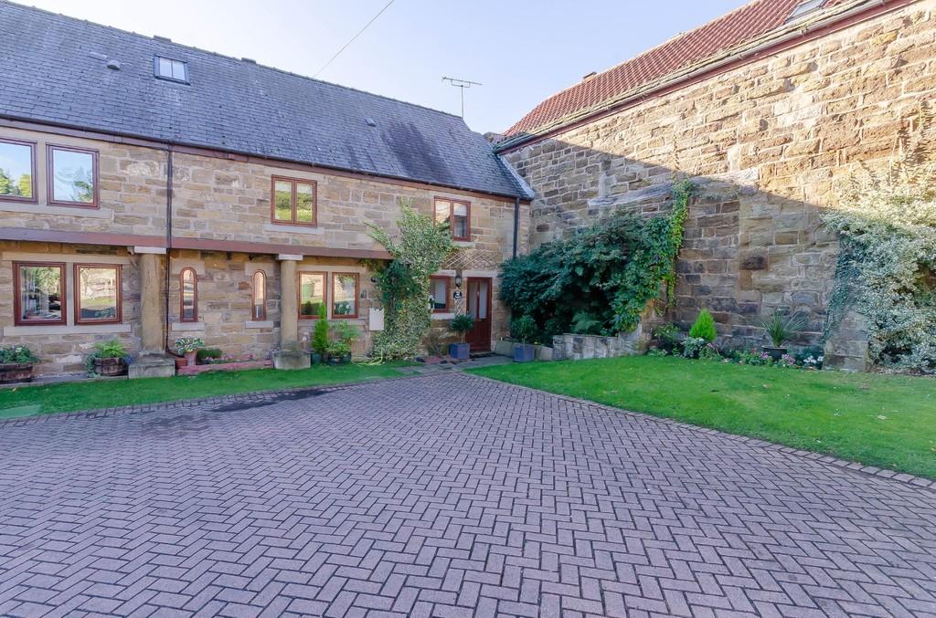 Grange Court, Badsworth