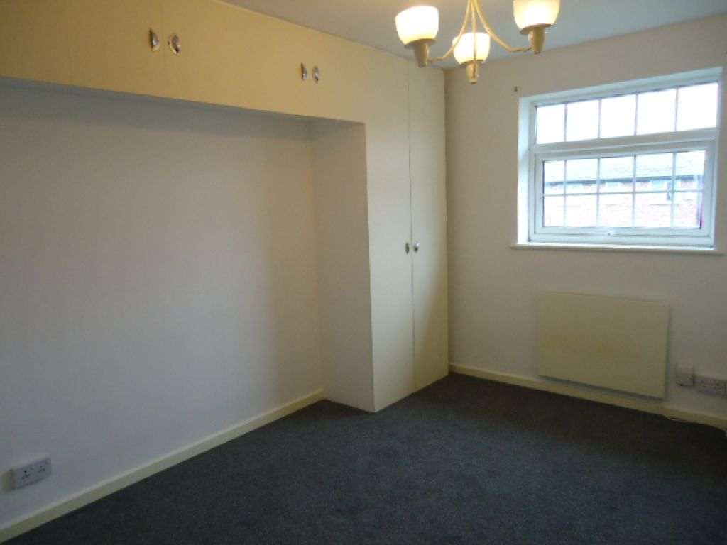 1 Bedroom Apartment Flat To Rent - Image 4