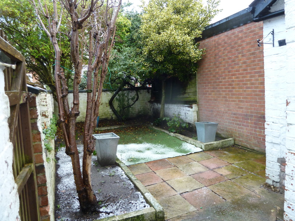 2 Bedroom End Terraced House To Rent - Image 11