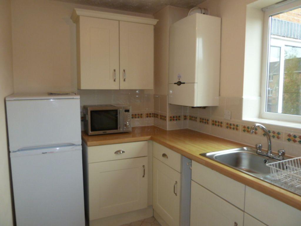 1 Bedroom Flat To Rent - Image 6