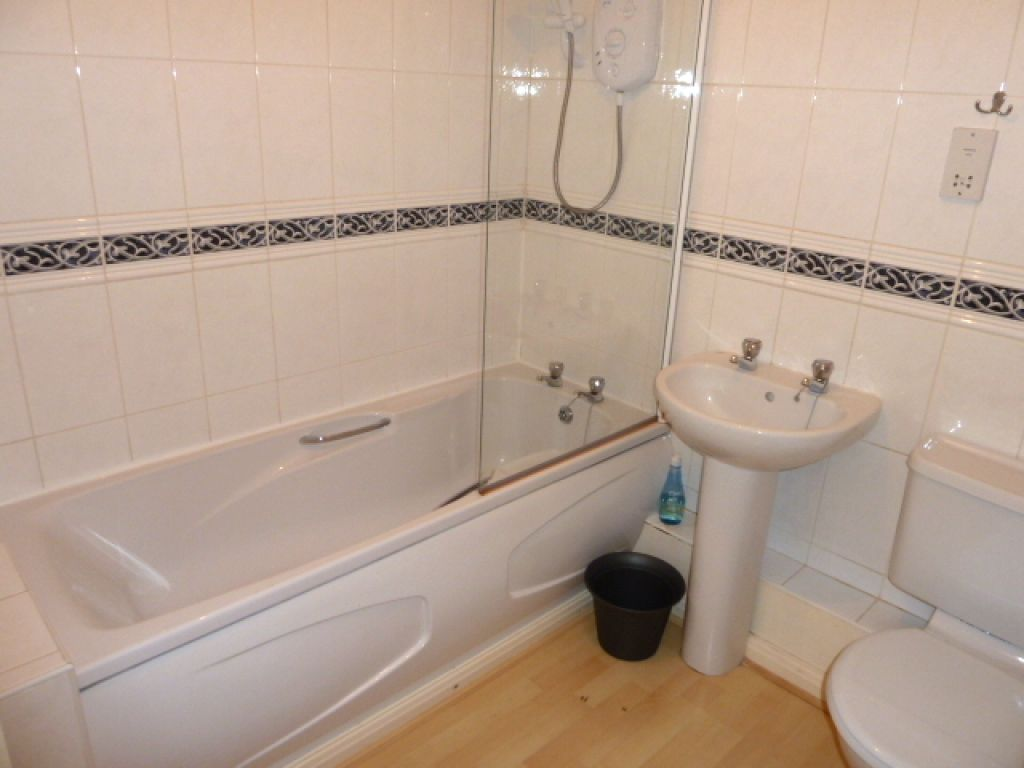 1 Bedroom Flat To Rent - Image 7