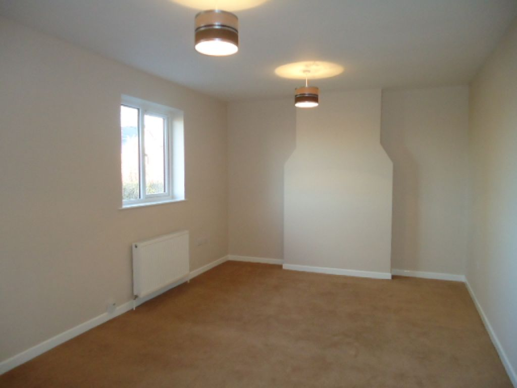 1 Bedroom Flat To Rent - Image 3