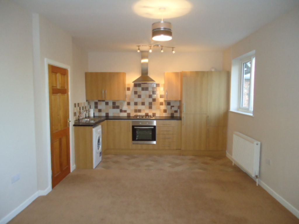 1 Bedroom Flat To Rent - Image 4