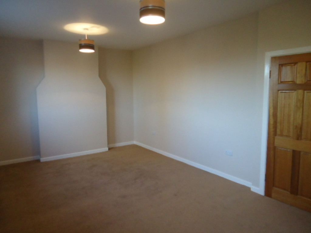1 Bedroom Flat To Rent - Image 6