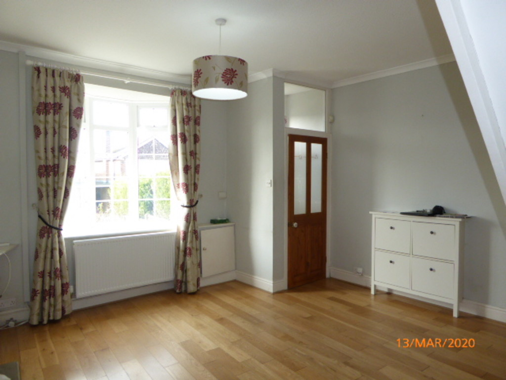3 Bedroom Cottage House To Rent - Image 2
