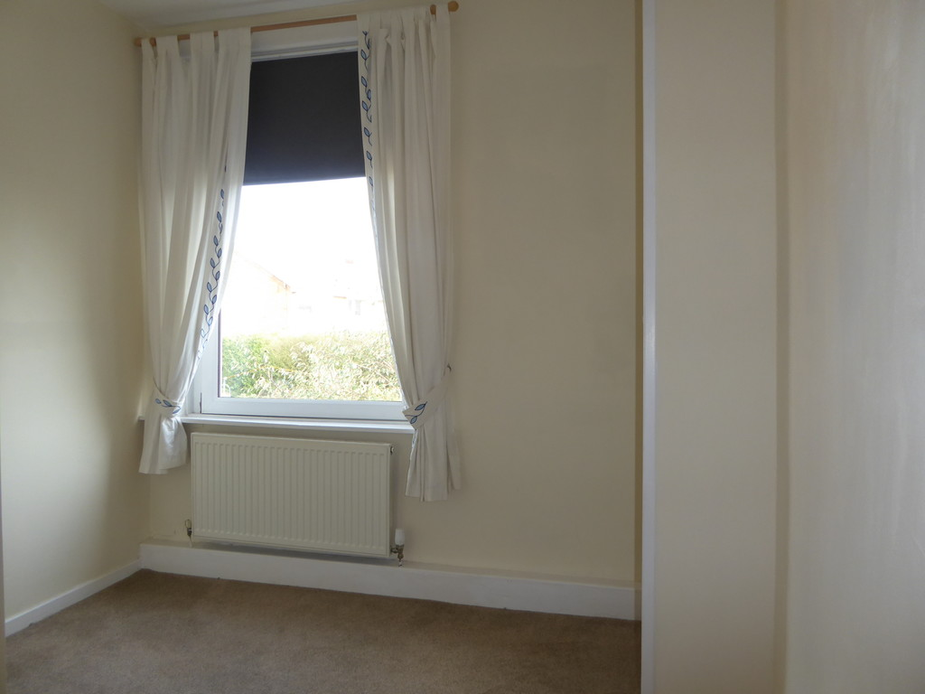 3 Bedroom Cottage House To Rent - Image 12