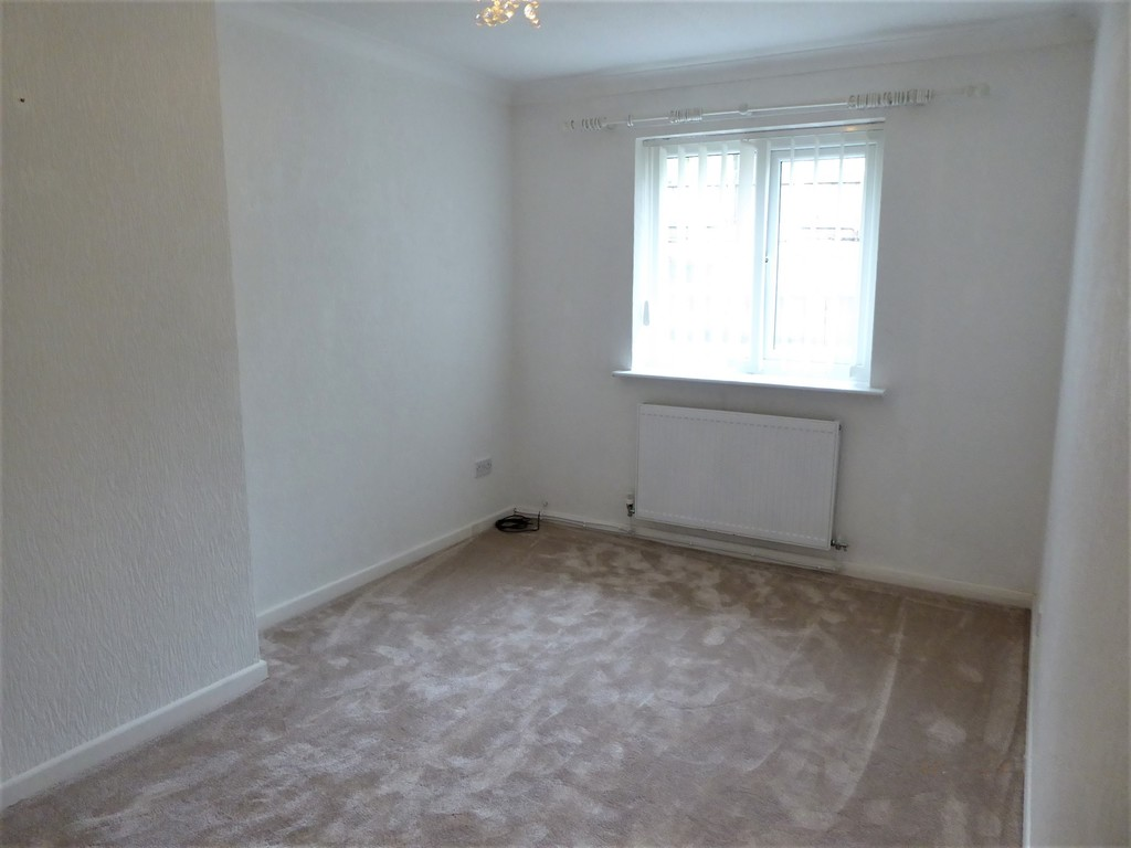 2 Bedroom Semi-detached Bungalow Bungalow To Rent - Image 7
