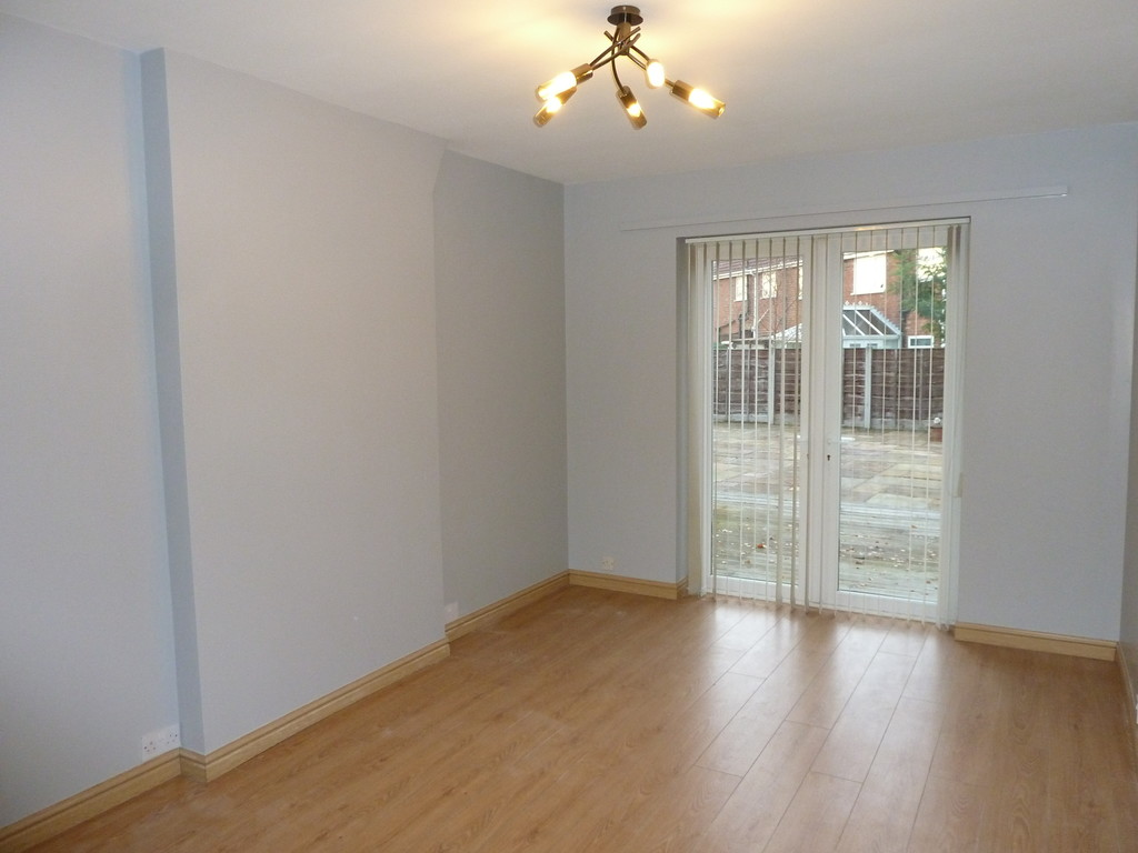 3 Bedroom Semi-detached House To Rent - Image 3