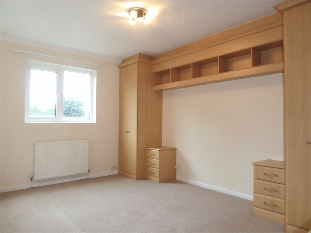 3 Bedroom Mews House To Rent - Image 5