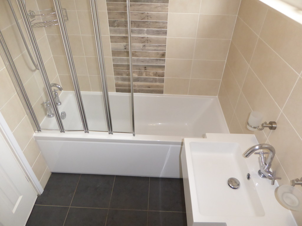 3 Bedroom Mews House To Rent - Image 1