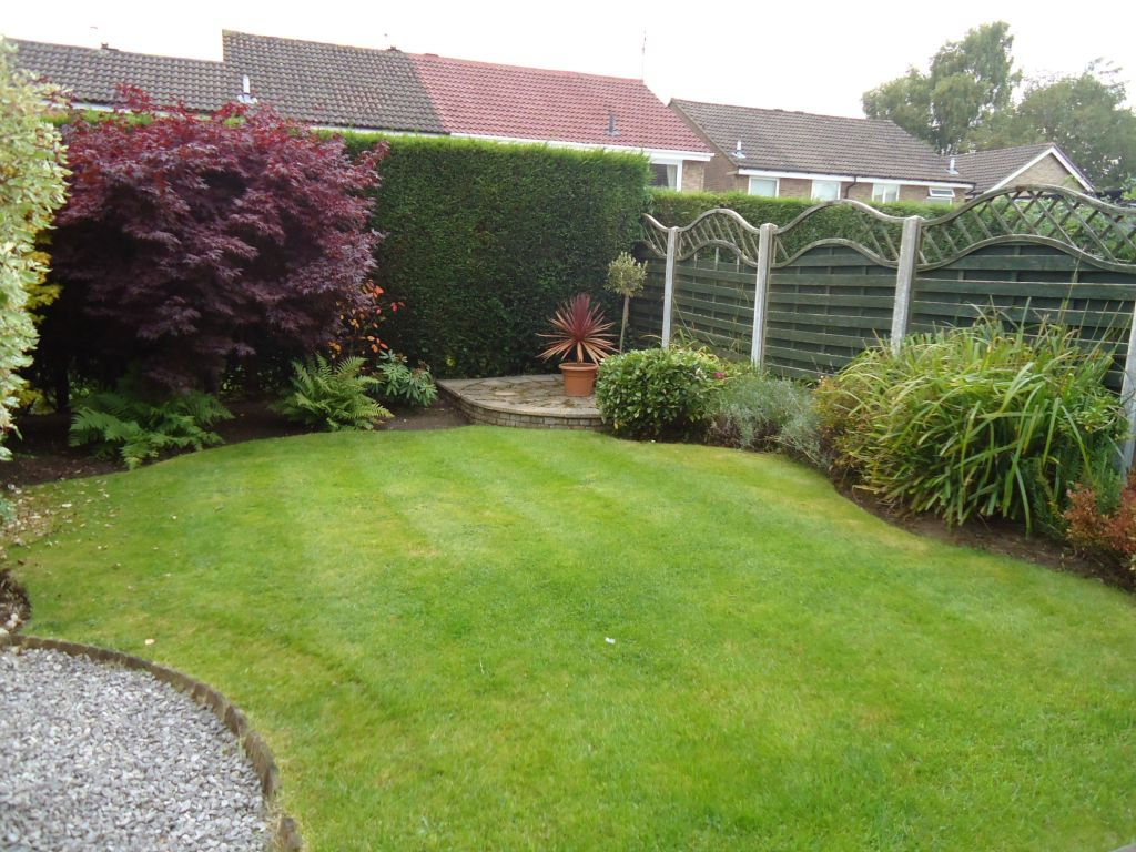3 Bedroom Semi-detached House To Rent - Image 12