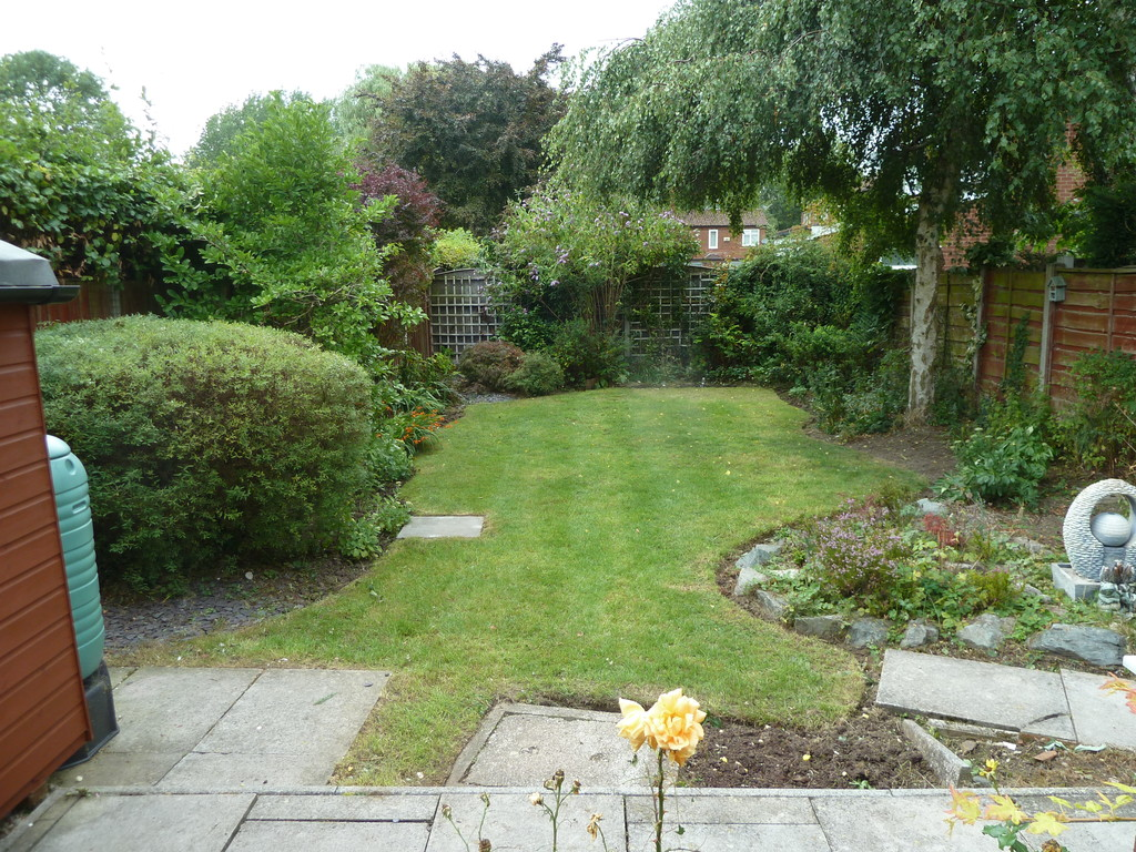 3 Bedroom Detached House To Rent - Image 12