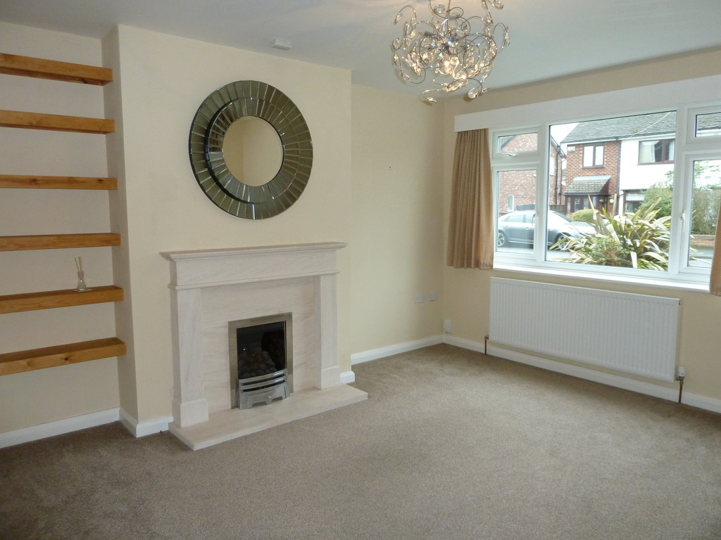 3 Bedroom Semi-detached House To Rent - Image 1