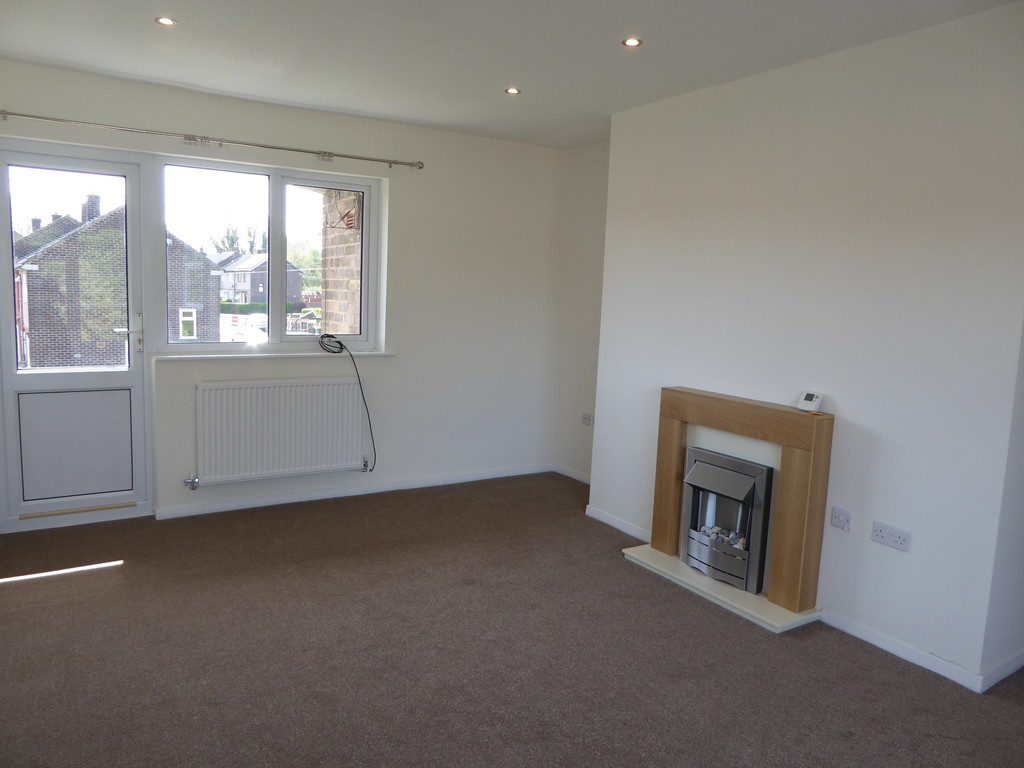 2 Bedroom Flat To Rent - Image 4