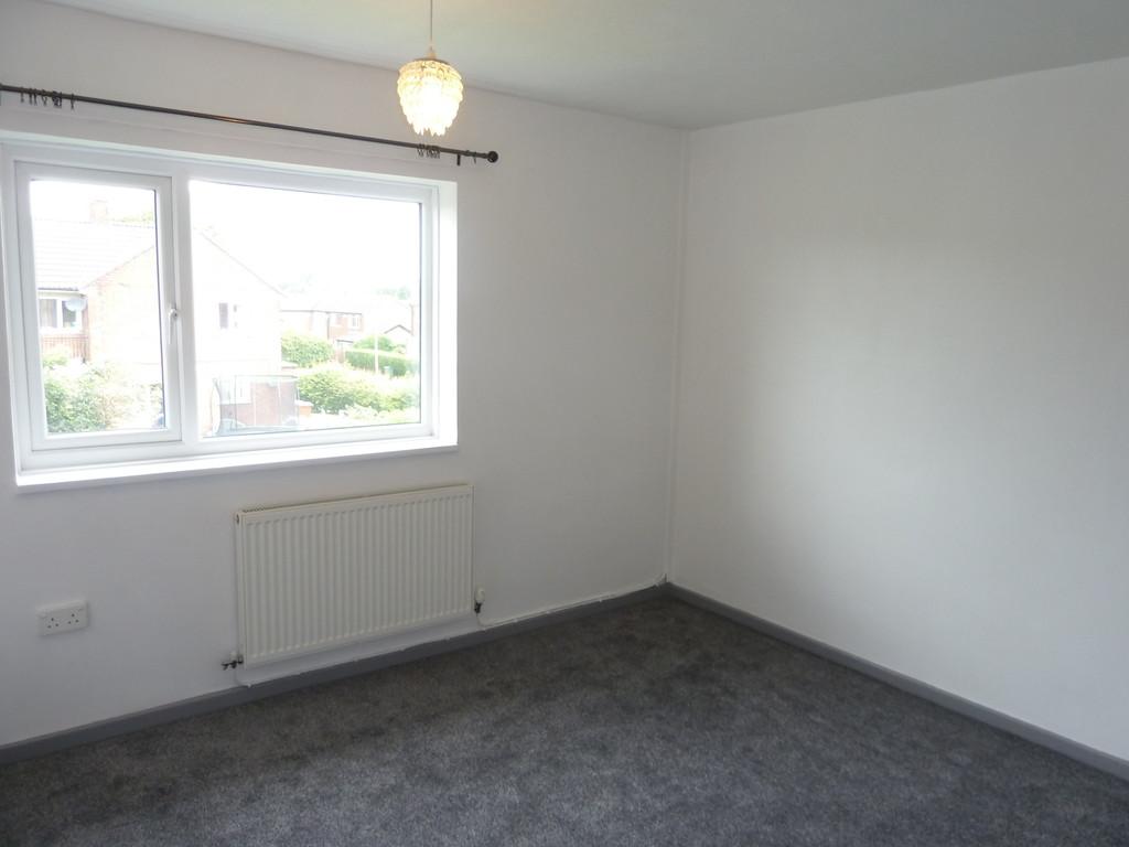 2 Bedroom Flat To Rent - Image 2