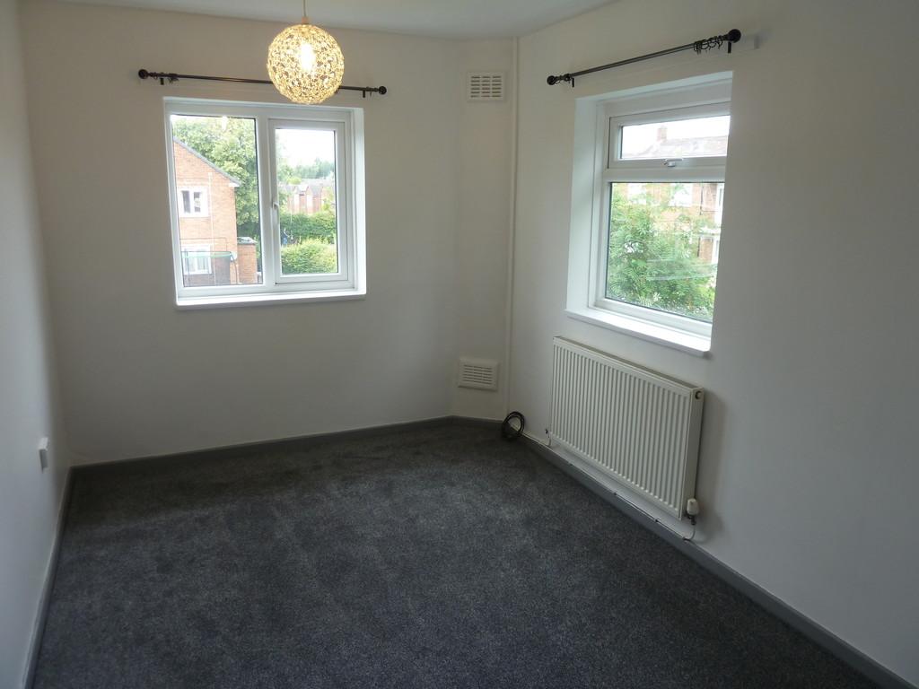 2 Bedroom Flat To Rent - Image 6