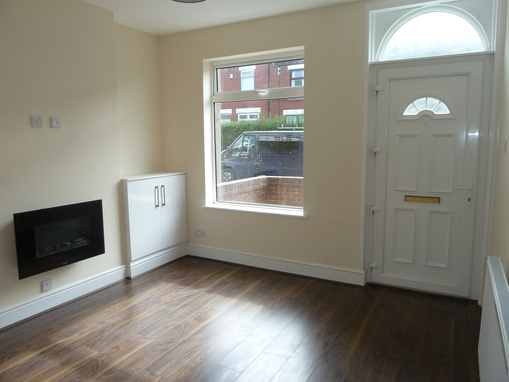 2 Bedroom End Terraced House To Rent - Image 2