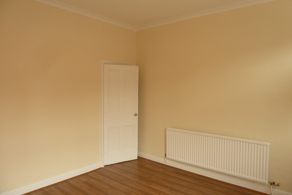 2 Bedroom Mid Terraced House To Rent - Image 3