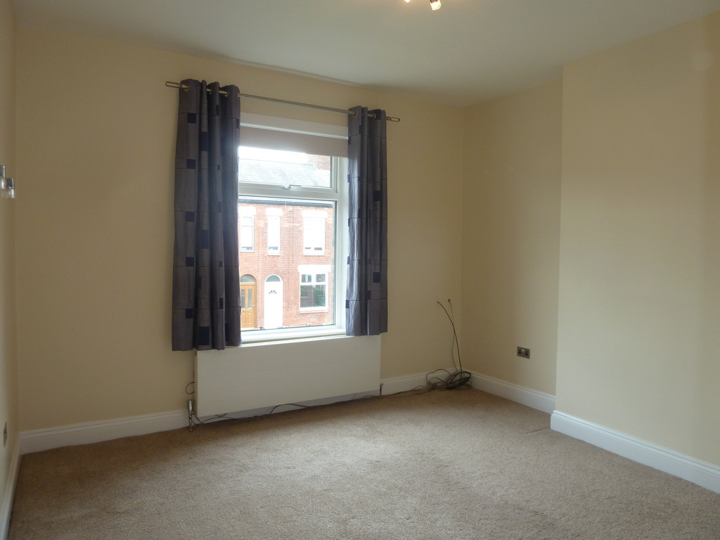 2 Bedroom End Terraced House To Rent - Image 5