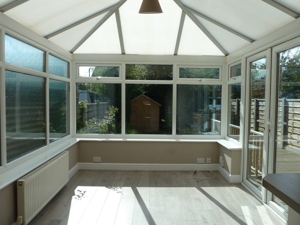 3 Bedroom Semi-detached House To Rent - Image 5