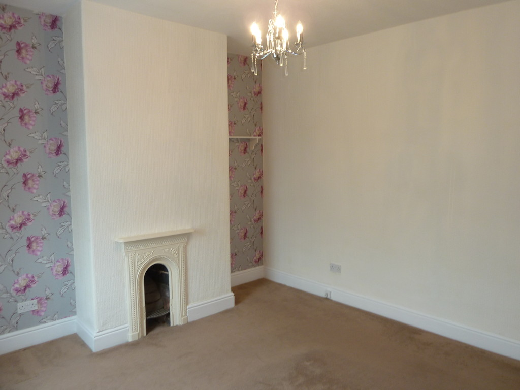 2 Bedroom Mid Terraced House To Rent - Image 8