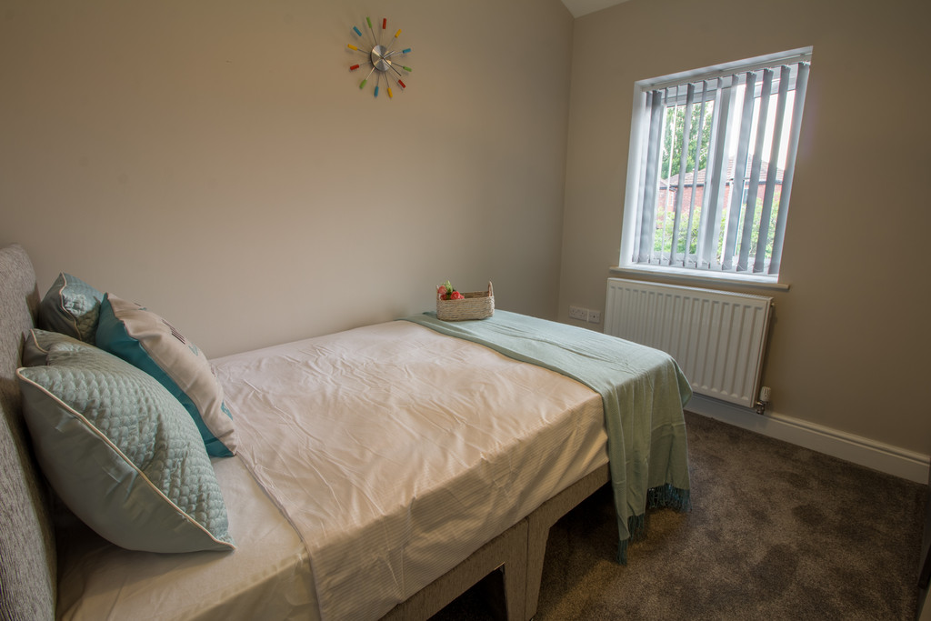 1 Bedroom Shared House To Rent - Image 2