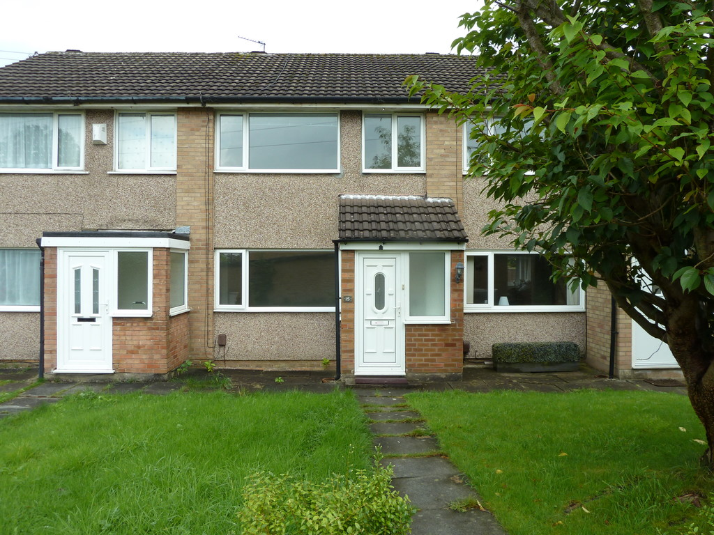 3 Bedroom Mid Terraced House To Rent - Image 9