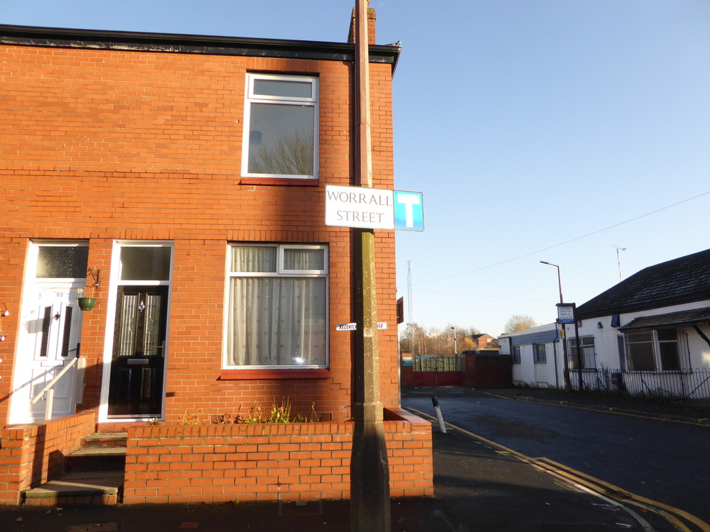 2 Bedroom End Terraced House To Rent - Image 1