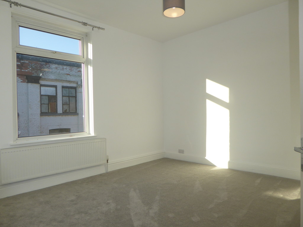 2 Bedroom End Terraced House To Rent - Image 7
