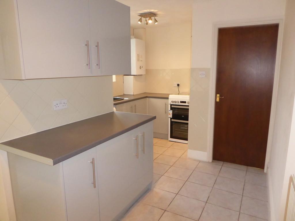 1 Bedroom Ground Floor Flat Flat To Rent - Image 6