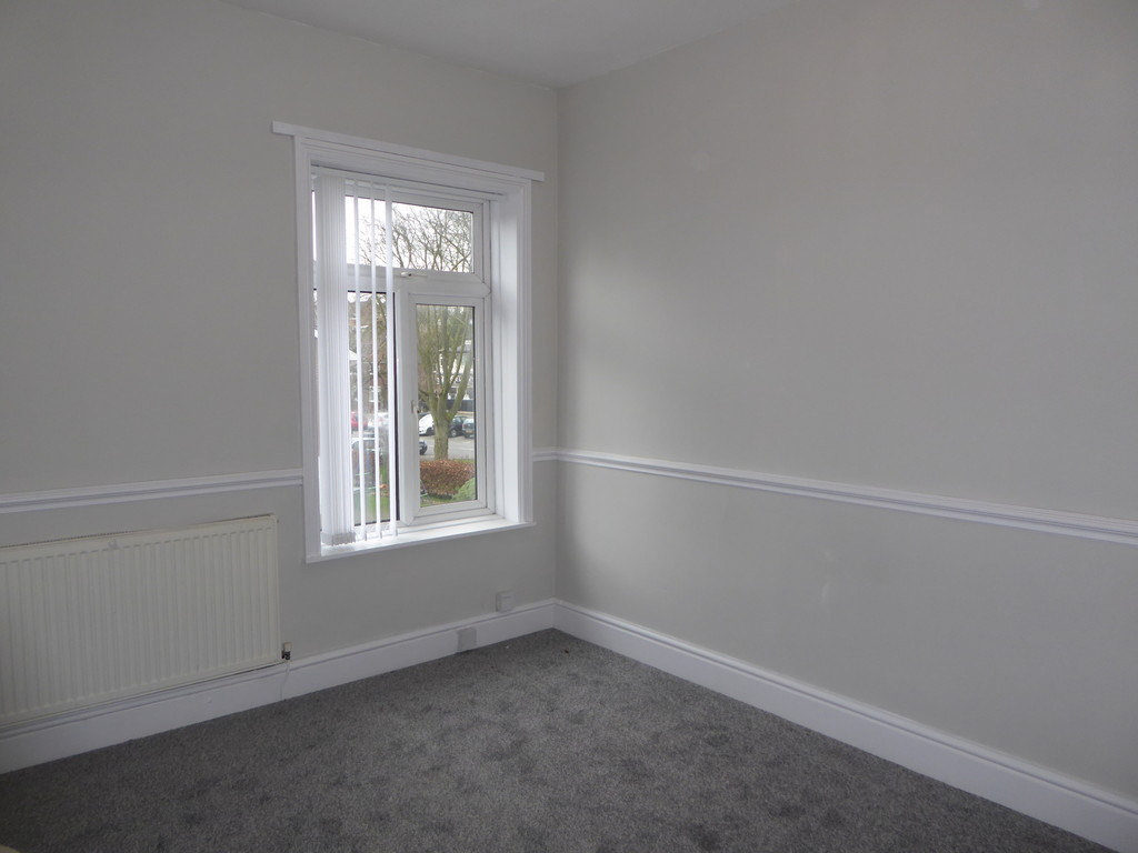 1 Bedroom Apartment Flat To Rent - Image 6