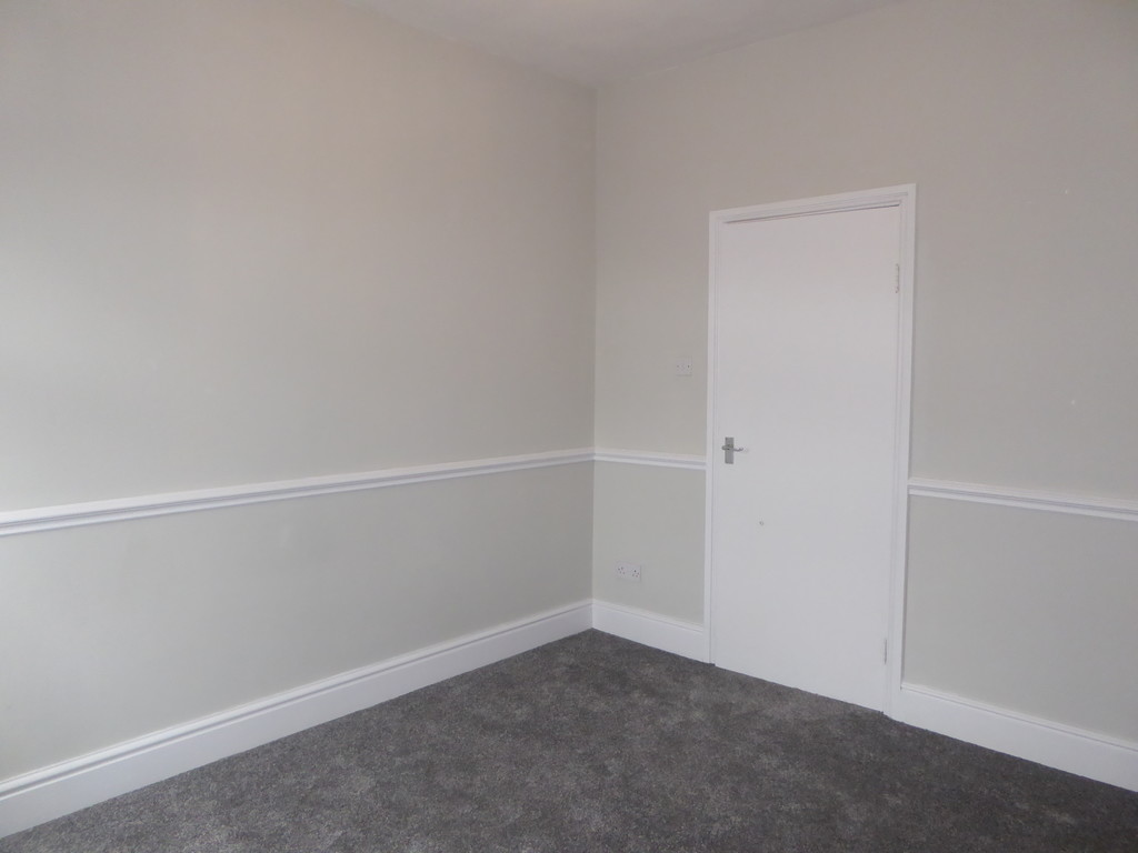 1 Bedroom Apartment Flat To Rent - Image 7