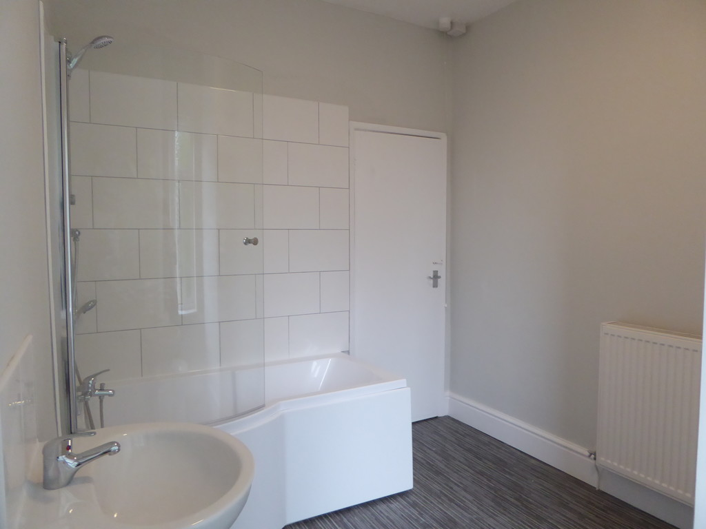 1 Bedroom Apartment Flat To Rent - Image 9