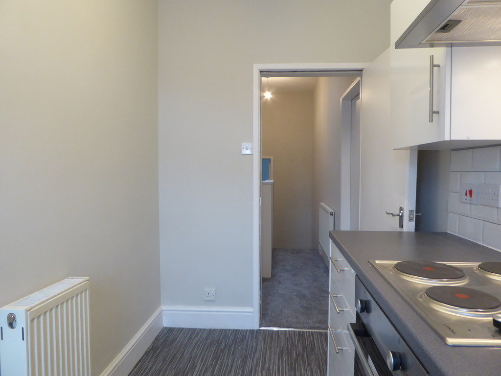 1 Bedroom Apartment Flat To Rent - Image 2